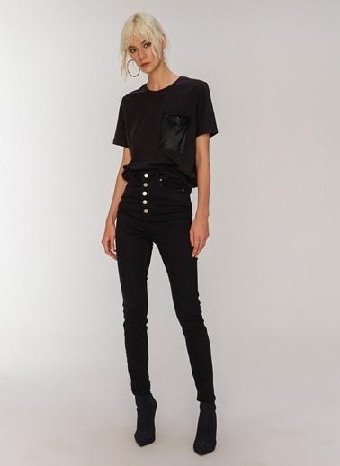 People By Fabrika Payet Detaylı Tişört Siyah